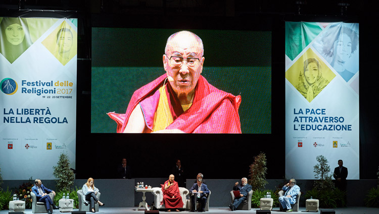 HHDL- florence-religious fest