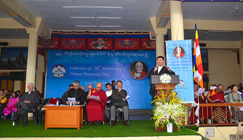 To celebrate 58th Tibetan Democracy Day, President Dr Lobsang Sangay addressing the crowd gathered at the main Temple in Dharamshala, India, on September 2, 2018. Photo: TPI/Yangchen Dolma