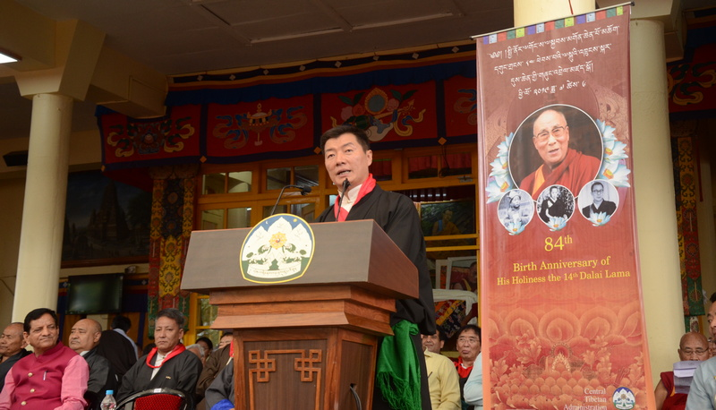 The Tibetan President Dr Lobsang Sangay presents his Cabinet's (Kashag) statement on the 84th Birthday of His Holiness the Great 14th Dalai Lama of Tibet at the main temple in Dharamshala, India, on July 6, 2019. Photo: TPI/Yangchen Dolma