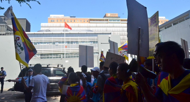 On March 10, 2019, Tibetans and supporters staging a protest in front of the Chinese consulate as they commemorate the 1959 national uprising day against China's military occupation of Tibet. Photo: TPI/Yeshe Choesang