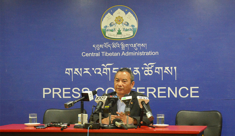 Tsewang Gyalpo Arya, Secretary of the Department of Information and International Relations of the CTA, speaking to the media in Dharamshala, India, on October 1, 2019. Photo: TPI/Yangchen Dolma