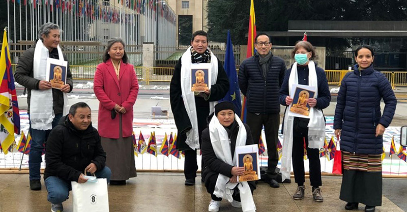 Representative Chhimey Rigzen and staff of the Tibet Bureau with members of Tibet Solidary Movement Group in front of the UN building on 13 January 2021. Photo/ OOT, Geneva